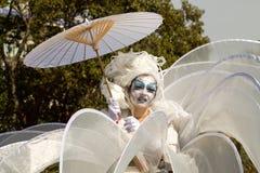 ИТАЛИЯ SANREMO - 12-ое марта 2017 парад весны, молодой художник Стоковое Изображение