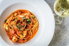 Итальянка marinara спагетти морепродуктов с clams и Стоковые Изображения RF