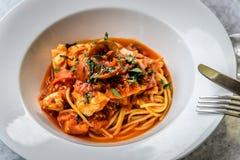 Итальянка marinara спагетти морепродуктов с clams и Стоковое Изображение
