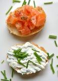 Итальянская закуска, еда перста на белой плите Стоковая Фотография