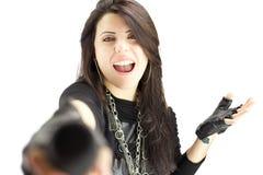 Итальянская певица утеса выполняя с микрофоном Стоковые Фото