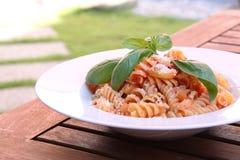 Итальянские макаронные изделия с овощами Стоковое фото RF
