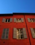 итальянские окна Стоковые Фотографии RF