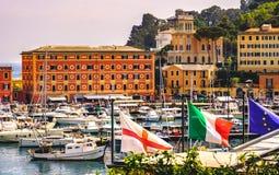 Итальянский европеец Генуя сигнализирует деревню Санту Margherita Ligure riviera итальянки предпосылки стоковые изображения