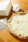 Итальянский экстренныйый выпуск пиццы Стоковое Фото