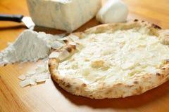 Итальянский экстренныйый выпуск пиццы Стоковые Изображения