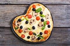 Итальянское сердце пиццы Стоковое фото RF