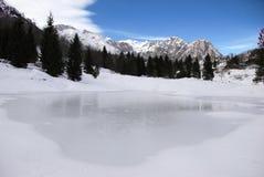 Италия, который замерли озеро Стоковое Фото