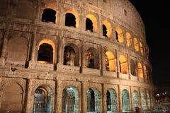 Италия осветила Colosseum на ноче Стоковые Фотографии RF