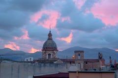 Италия, Сицилия Купол Maggiore кармина в Палермо стоковые изображения rf