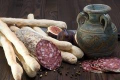 Итальянка Salame - сух-вылеченная сосиска стоковое фото rf
