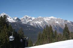 Итальянская зима 13 снега andalo горных вершин Стоковое Изображение RF