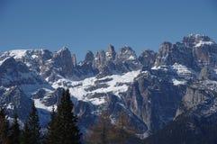 Итальянская зима 8 снега andalo горных вершин Стоковые Изображения