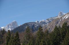 Итальянская зима 3 снега andalo горных вершин Стоковые Изображения