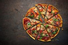 итальянская пицца традиционная стоковое фото