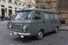 Итальянская полиция везет на автобусе Стоковые Изображения