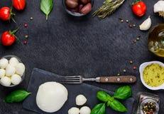 Итальянская среднеземноморская рамка космоса экземпляра кухни Стоковая Фотография RF