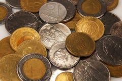 Итальянские старые лиры монеток, года сбора винограда Стоковое фото RF