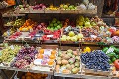Итальянский магазин плодоовощ стоковое изображение rf