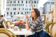 Итальянское белое вино Стоковые Изображения
