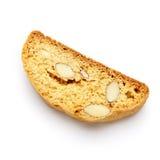 Итальянское печенье cantuccini с завалкой миндалины белизна изолированная предпосылкой Стоковая Фотография RF