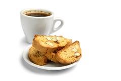 Итальянское печенье cantuccini с завалкой миндалины белизна изолированная предпосылкой Стоковые Фото