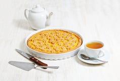 Итальянское crostata с завалкой апельсина и яблока Стоковое Изображение
