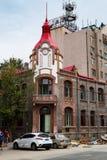 Июнь 2015 - Yantai, Китай - немецкие здания стиля вокруг Yantaishan стоковые изображения rf