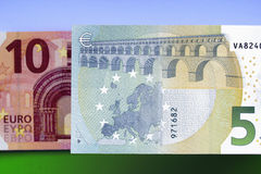 10 и 5 банкнот евро Стоковые Фотографии RF