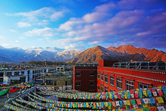 И дворец Potala в Лхасе, Тибете Стоковое Фото