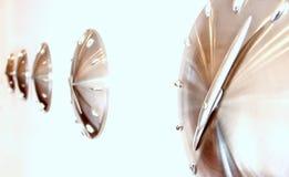 дилетант собрал изображение часа графиков часов меньший странный часовщик стены стоковые фото