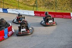 идет гонка kart Стоковое Фото