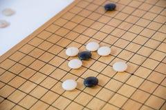 Идет, японская настольная игра стоковое изображение