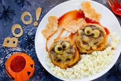 Идея обедающего или обеда хеллоуина фрикадельки мумии Стоковое Фото