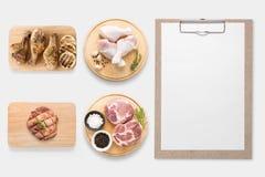 Идея проекта доски сзажимом для бумаги модель-макета и свинины, drumstick цыпленка Стоковое Изображение RF