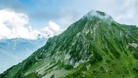 Идилличный ландшафт лета в горах Стоковое Изображение RF