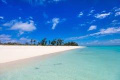 Идилличный пляж на Вест-Инди Стоковое Фото