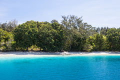 Идилличный пляж 2 стоковые фотографии rf