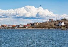 Идилличный рыбацкий поселок на шведском westcoast Стоковое Изображение RF