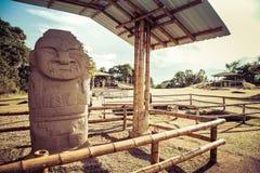 Идолы в национальном парке san augustin стоковая фотография rf