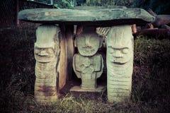 Идолы в национальном парке san augustin стоковые изображения rf