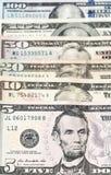 5, 10, 20, 50 и 100 примечаний доллара распространенных вне Стоковое Изображение RF