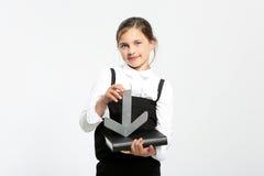 идти девушки предпосылки изолированный немного над учебником школьницы школы зрачка портрета сь к равномерной белизне Стоковое Изображение RF