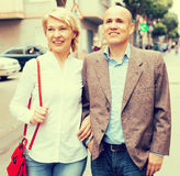 Идти пар пенсионера Стоковые Фото