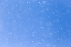 Идти снег на голубом небе Стоковое фото RF