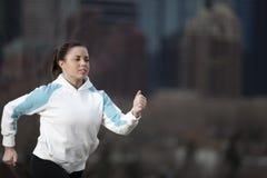 идущая женщина Стоковые Фото