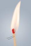 Идущая спичка с горящей головой Стоковые Фотографии RF
