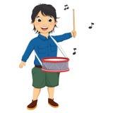 Иллюстрация вектора мальчика играя барабанчик Стоковые Изображения