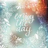Иллюстрация венка с листьями и ягоды и наслаждаются сообщением дня на пастельной предпосылке Венки праздников, флористические Стоковое Фото