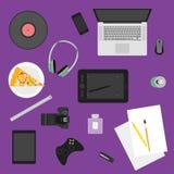 Иллюстрация в ультрамодном плоском стиле при объекты используемые в обычной жизни людей на фиолетовой предпосылке для пользы в ди иллюстрация вектора